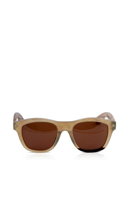 Horn frame sunglasses with Zebra wood legs