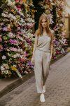 Silk trousers women trousers natural fabric ecological fabric fashion photography coocoomos silko kelnes moteriskos kelnes nuralus audinys ekologiskas audinys mados fotografija